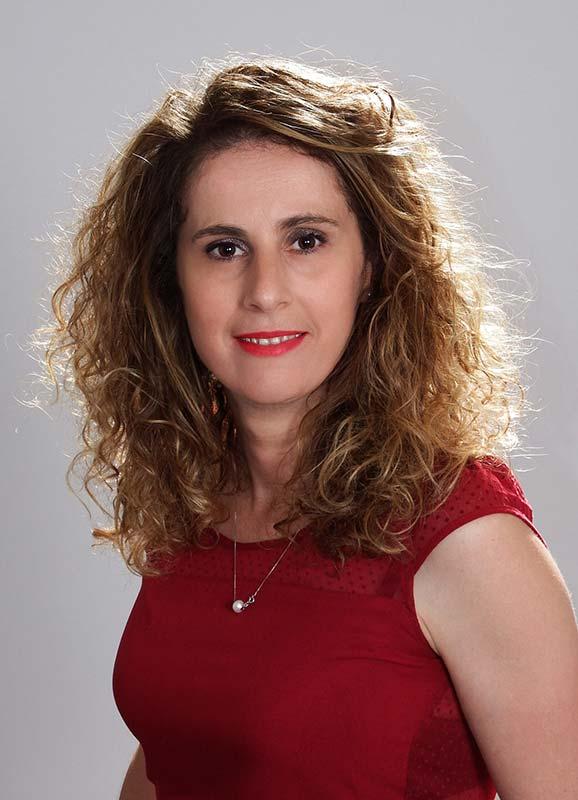 Sandra-Berkani---Gestionnaire-middle-office